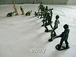 Vintage, Marx, Tents, (Pup, Army, Civil War, Training camp, etc.) and Army Men